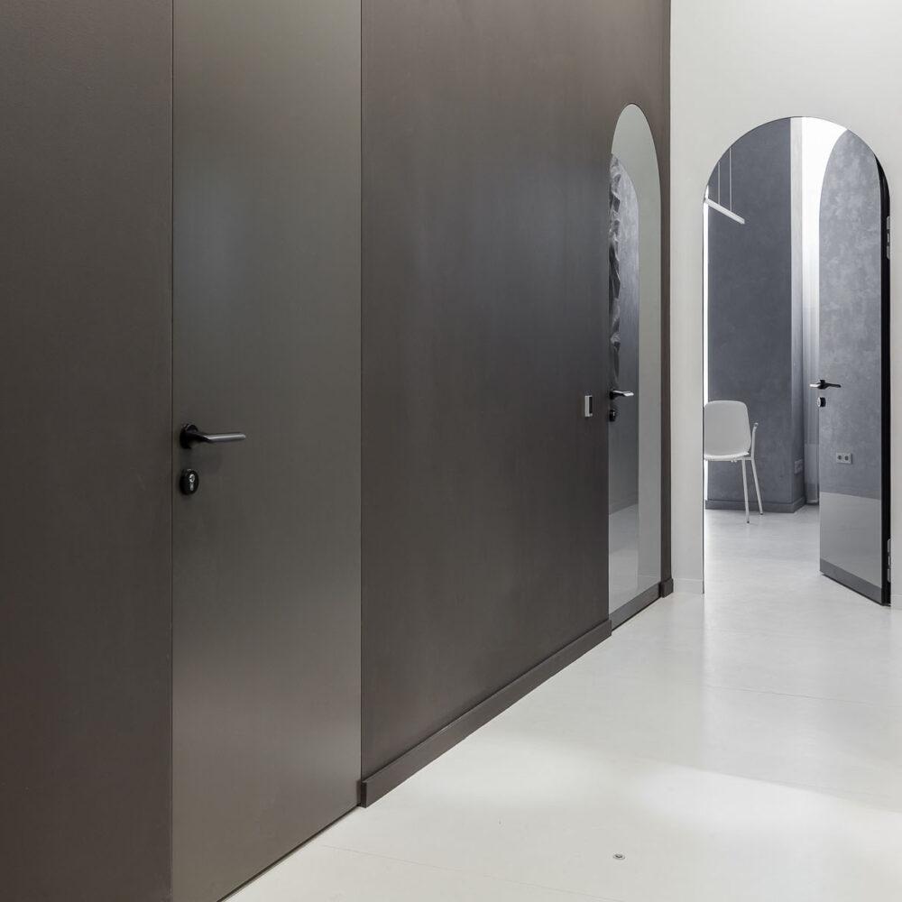 dveri-nevidimki-topinteriorgroup