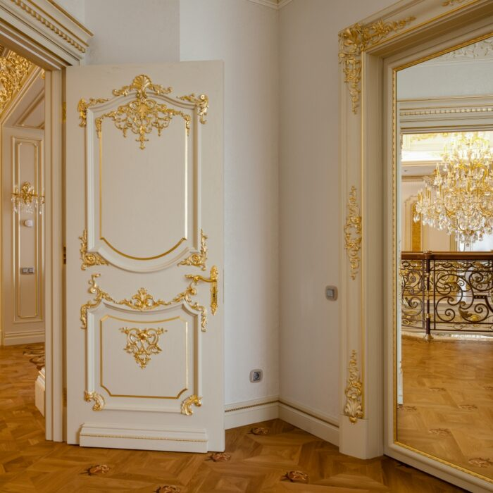 klassicheskie-mezhkomnatnie-dveri-pod-zakaz-moskva-topinterior-004